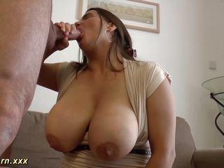 порно ролики большие натуральные сиськи