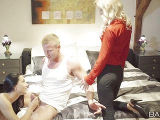 секс в красных чулках