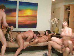 вечеринка на берегу порно