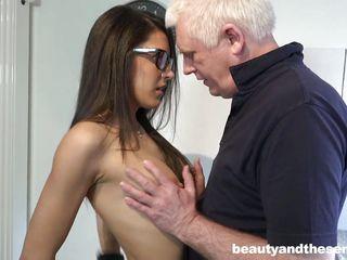 Порно зрелые проститутки